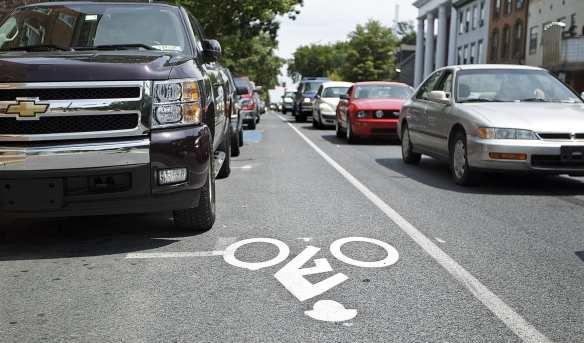 bikelanesjpg-547a071cc7357a08