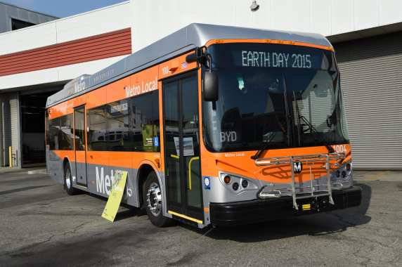 One of five new test electric buses from BYD Inc. Photos by Luis Inzunza / Metro