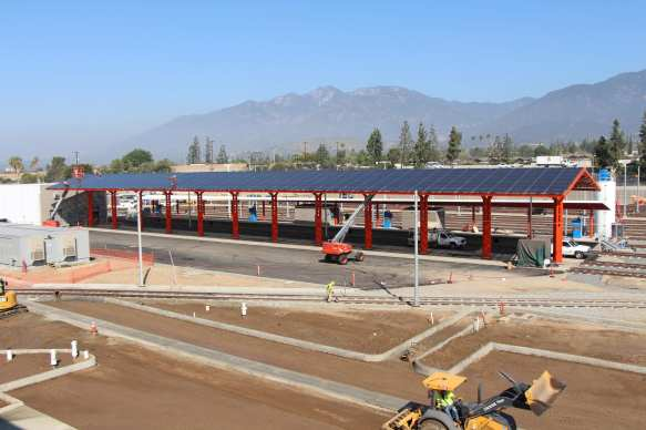 Solar panel arrays. Photo: Gold Line Foothill Extension Construction Authority.