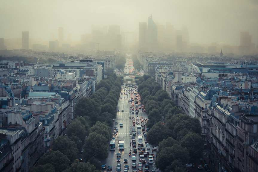 A pic of Paris smog circa 2013. Photo by Damian Bakarcic, via Flickr creative commons.
