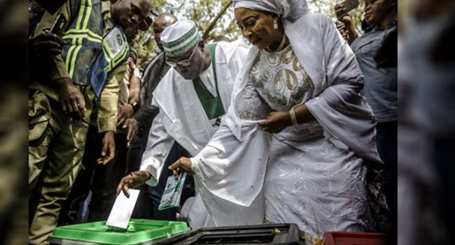 Atiku and wife, Titi casting their votes at Ayila north local govt area Adamawa