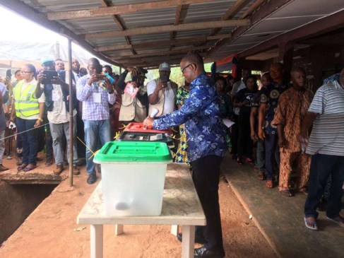 Peter Obi casting his vote at Agulu