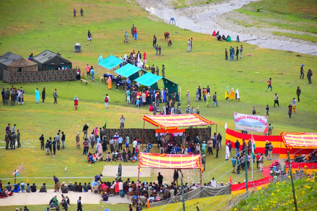 Handwara localites celebrates One Year of abrogation of Article 370 by organising 'Bangas Awaam Mela'.