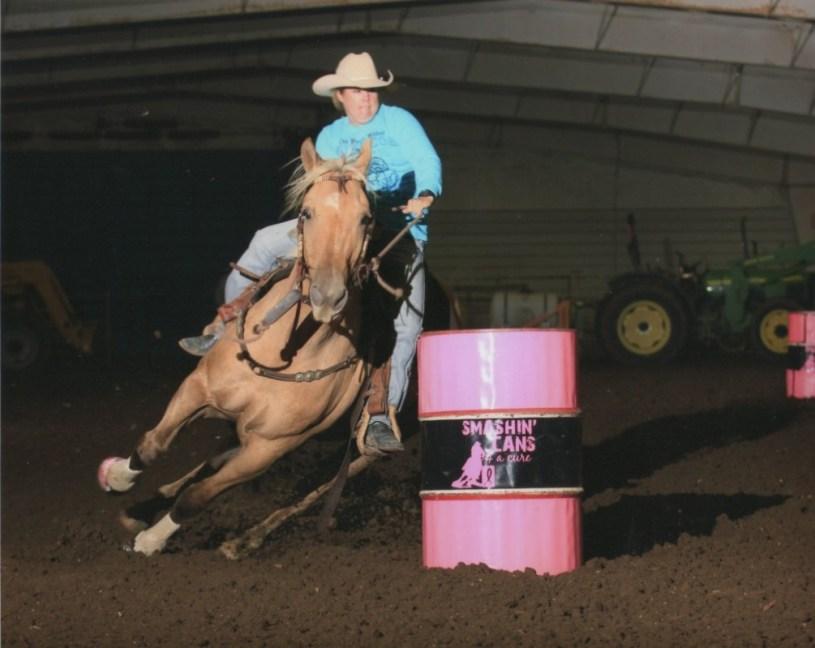 barrel racing, the south dakota cowgirl, barrel racing photos, pink pineapples photography