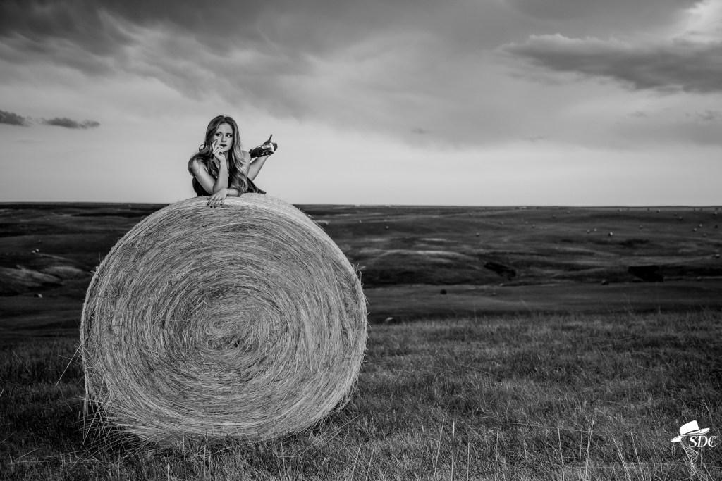 south dakota cowgirl photography, portrait, pretty girl