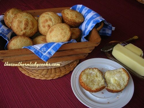 Cornbread Muffins - TSLC