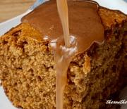 SORGHUM CAKE WITH CINNAMON SAUCE