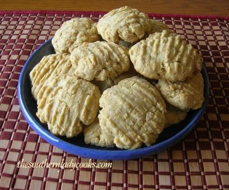 Six Egg Yolk Cookies