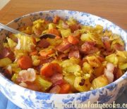 CABBAGE, BACON AND POTATO SKILLET
