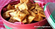 CAJUN CHEESE CRACKERS