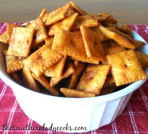 Easy Cajun Cheese Crackers