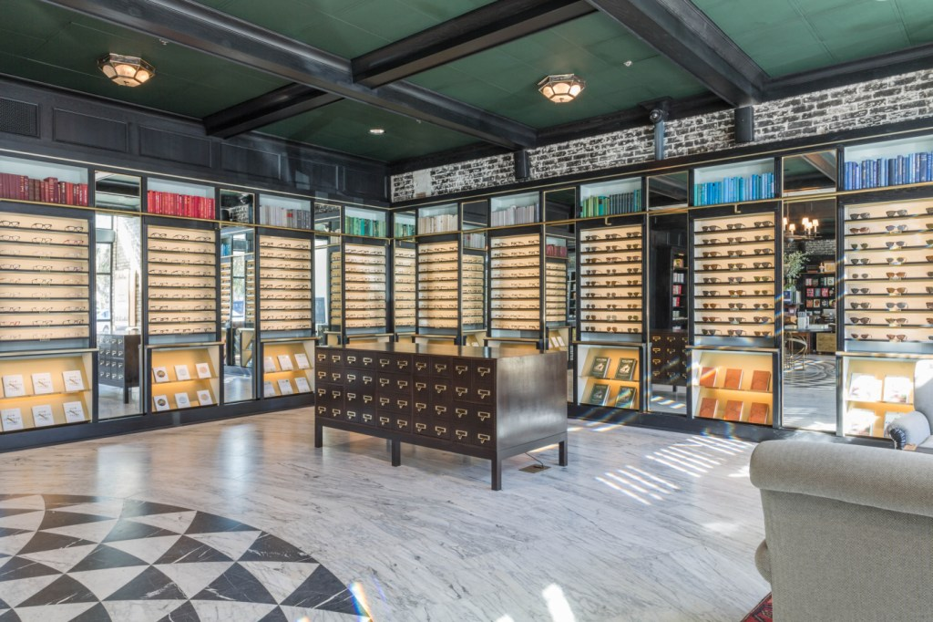 Warby Parker in Tampa, FL