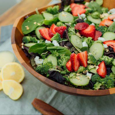 Broccoli Crunch Salad with Vinaigrette