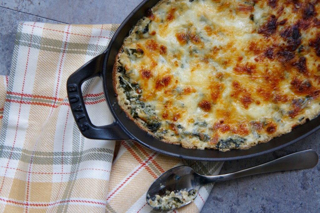 spinach artichoke dip reicpe using 8 ingredients