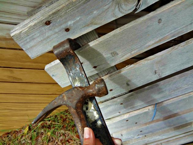 12May wonder bar hammer pallet