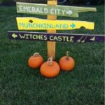 Wizard of Oz Halloween DIY Yard Decorations