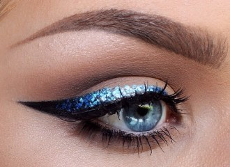 easy-cat-eye-makeup