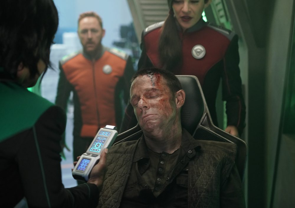"The Orville Recap: Gordon Tries to Stop the ""Blood of Patriots"" from Spilling"