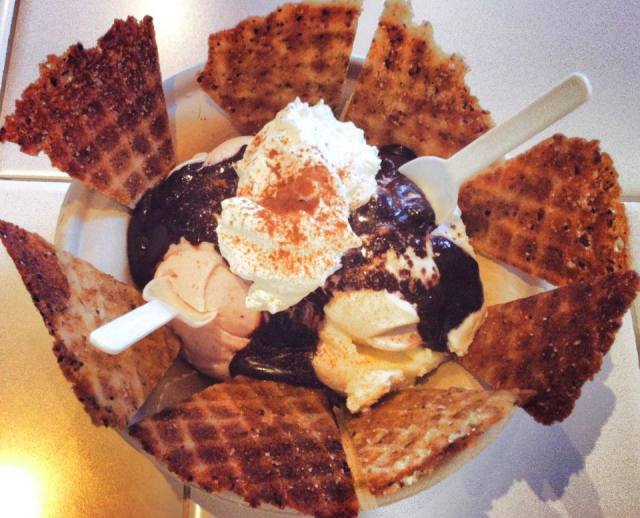 PeddlersCreamerySundae