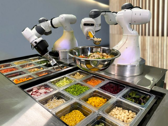 Report: 80 Percent of Restaurant Jobs Could be Taken Over by Robots