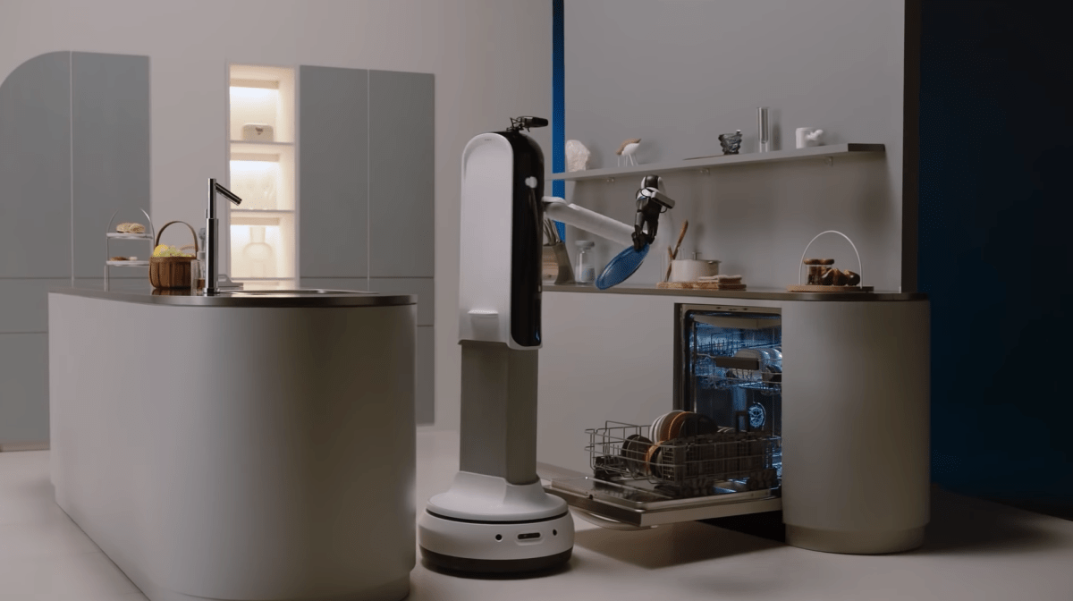 Here are the Kitchen Robots We Saw at CES & Food Tech Live 2021 - The Spoon