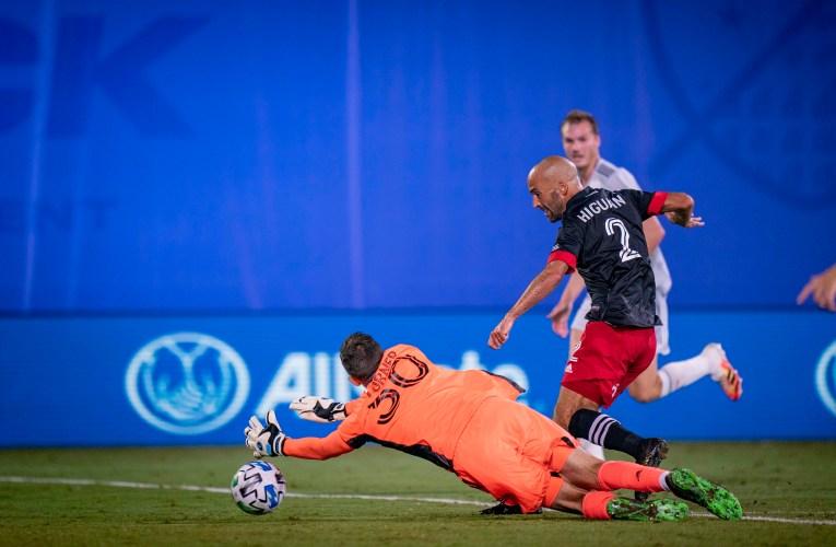 Higuaín's second-half goal helps United earn 1-1 draw over New England
