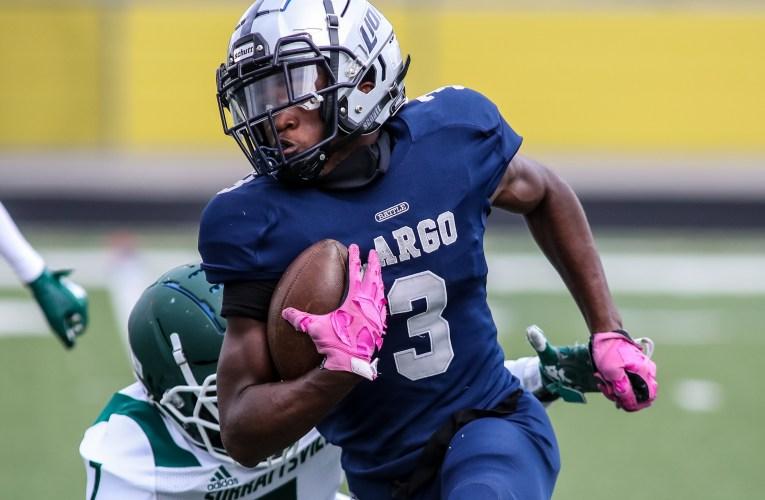 PHOTOS: Largo wins tight game over Surrattsville, 24-22