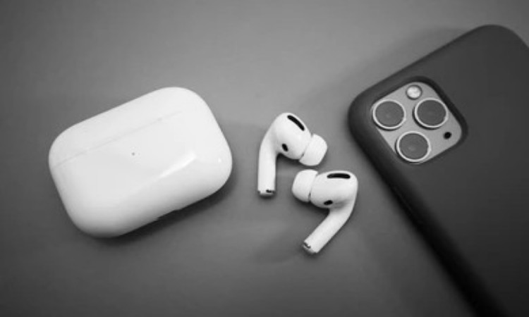 How To Find Lost AirPods That Are Offline ( Fast Method )