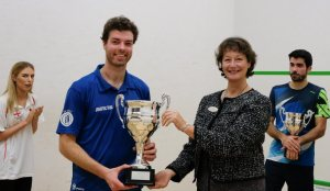 Kent Open : Jan the Man in Colin Payne final