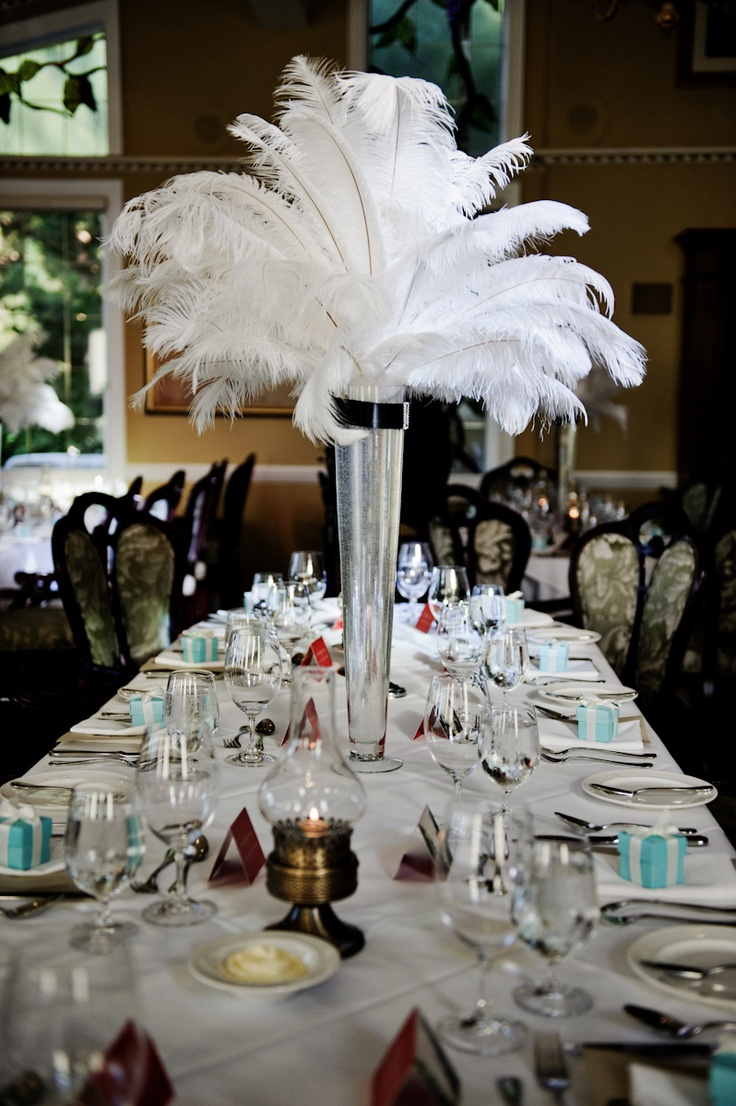 Great Gatsby Table Setting Themed Party | The Starlit Path