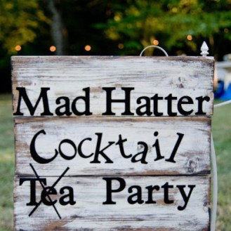 Alice in Wonderland Themed Parties