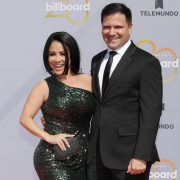 Carolina Sandoval and her husband melt Instagram with affection | The State