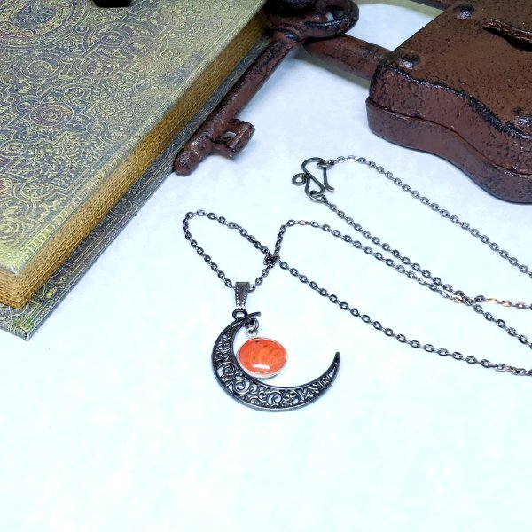 Red Glider Moon Necklace