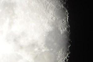 Moon while stargazing at Hyatt Regency Maui