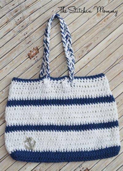 Crochet Nautical Handbag www.thestitchinmommy.com