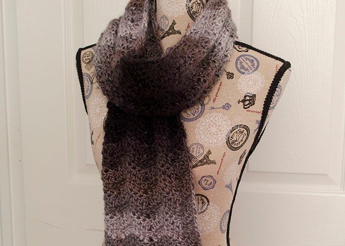 Ombre Chevrons Scarf – Free Crochet Pattern