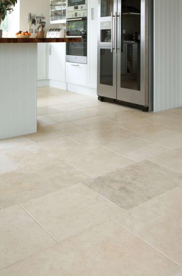 Fontaine Limestone Tumbled Finish hallway tiles