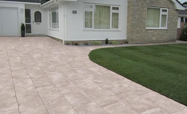 Guidare range of exterior porcelain paving