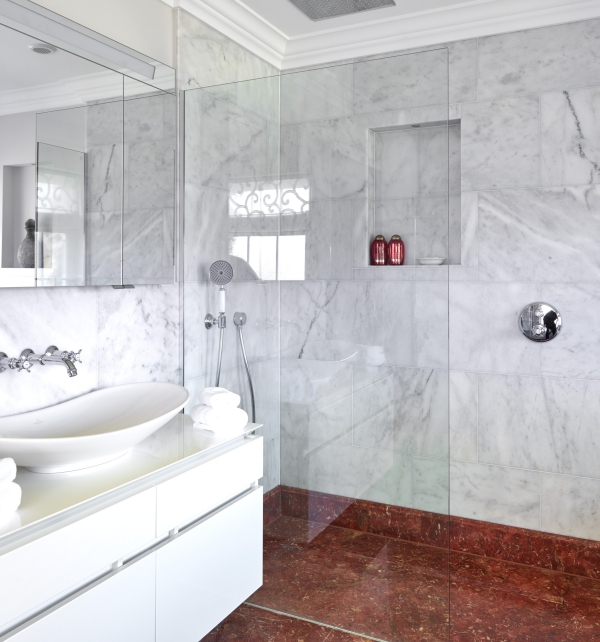 Long Island Marble Honed Finish on the walls of a bathroom suite