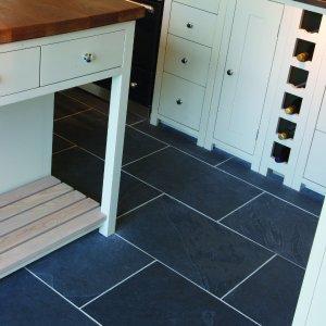 Metropolitan Slate Riven Finish kitchen floor tiling