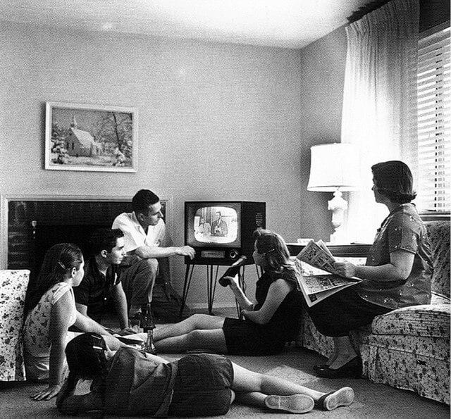 Family-TV-writing