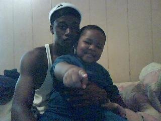 Xzavier Davis-Bilbo before the iinjuries with his brother Marsay