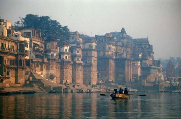 The city of Varanasi today, looking very little changed since the Gupta period
