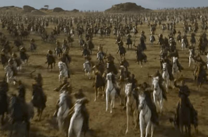 An absurdly disorganized Dothraki charge