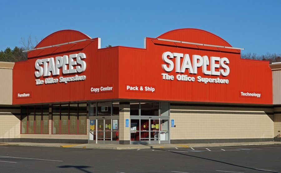 does staples sell stamps?