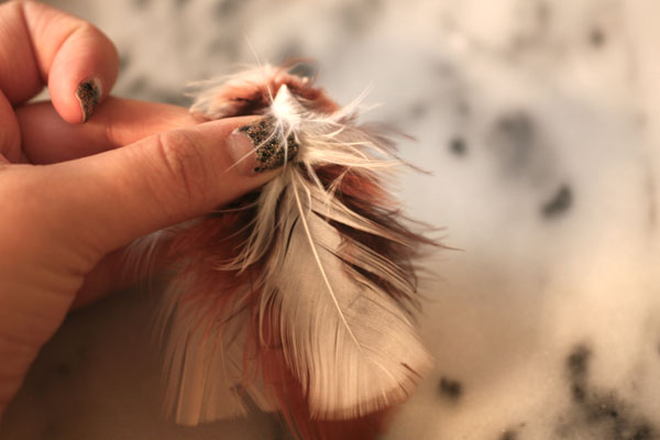 DIY-Feather-Necklace-Step-1