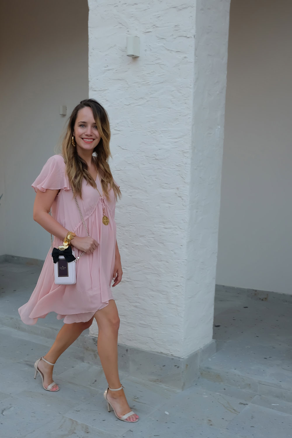 35029d015b Easy Vacation Outfit Ideas - French Connection Brooke Tea Dress