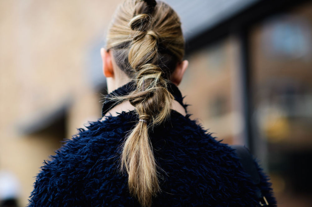 twisted ponytail // wearable street style nyfw fall 2017