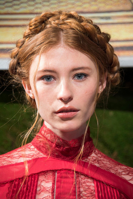 best nyfw fall 2017 beauty trends | alice & olivia milkmaid braids