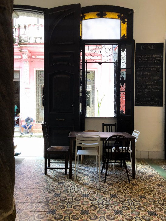 cuba travel guide el cafe 1